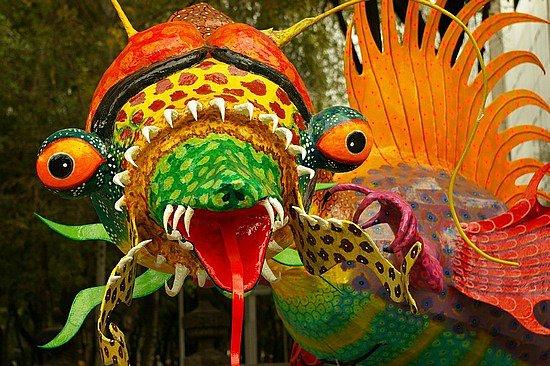 Qro desfile de alebrijes aniv de fundacion Qro Julio