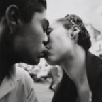 Manuel_lvarez_Bravo_Beso_1942